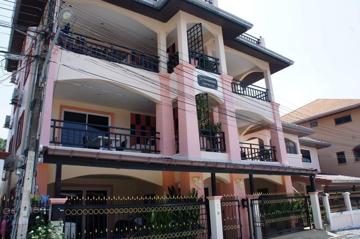 8 unit apartment building in Na Jomtien     - Commercial - Na Jomtien -